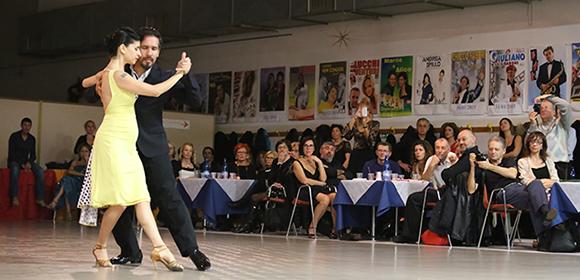 """""""Serata Tango"""" fundraiser in Modena"""