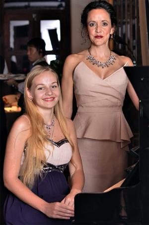 Kseniia Vohkmianina, Angela Hodgins Event Photos Courtesy of Peachy Pixx