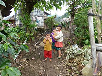 Children in hill-tribe village